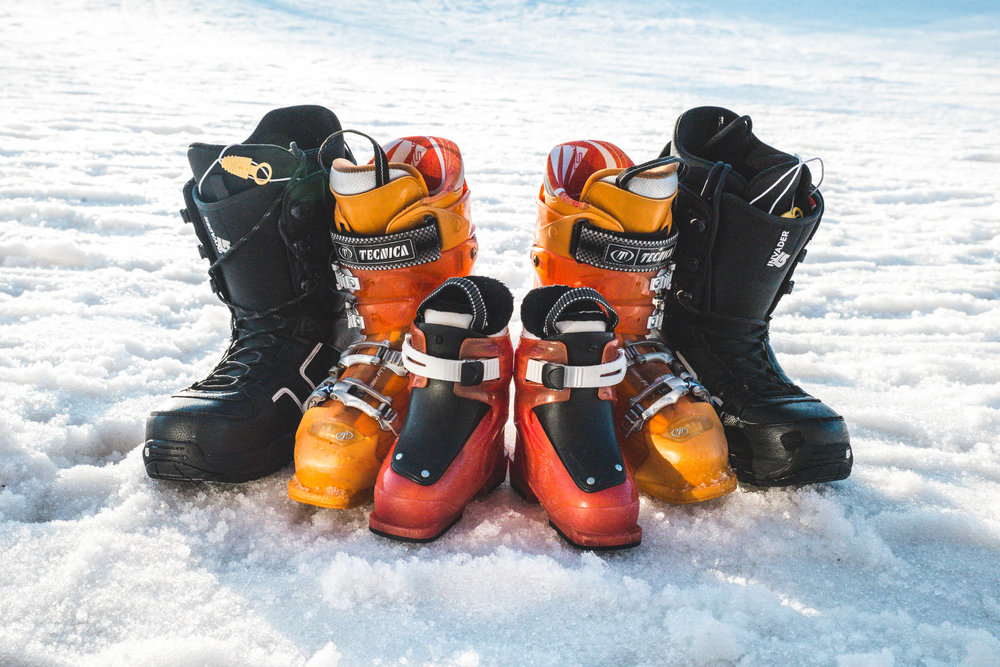 baby announcement ski boots