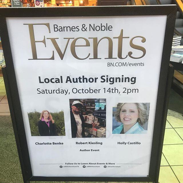 Better late than never - still catching up w posts - Thank You B&N for making IMOM a huge success! IMOM broke 40 sales last month - Thank You 👍🏻👏🏻 #trendy 👽#ireadeverywhere #comics #graphicnovel #new #sciencefiction #horror #fiction #kindlebooks #Kindle #aliens #greatreads #filmmaking #art  #artistsoninstagram #instagood  #tbt #photooftheday #newyork #losangeles #austin #styleblogger #instadaily #instabook #instabooks #halloween #gothic #witch #occult #kindleunlimited