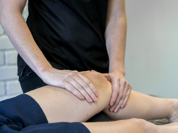 Lauren Schoonens Knee Physio