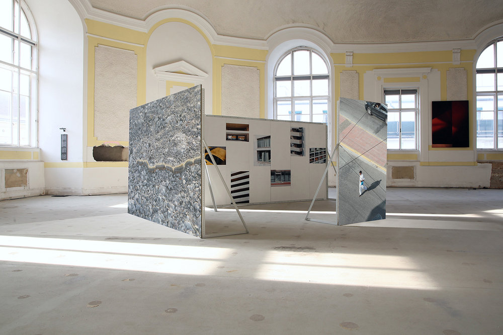 Metro / Polis, installation view, Berggasse 35, Vienna, 2016