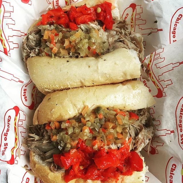 Italian beef aka Chicago-style beef is hot and juicy and going down today from 12-3pm under the #manhattanbridge #chitown #italianbeef #touristspot #nyc #popup