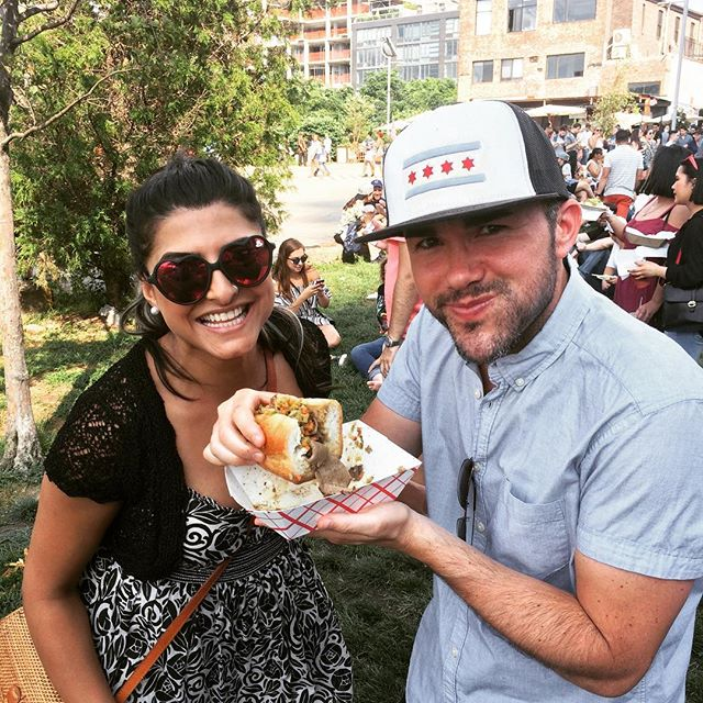 Da beef brings smiles to this lovely couple. Come eat your way through New York's food scene at #smorgasburg today (11-6pm) #italianbeef #nyceats #thingstodonyc