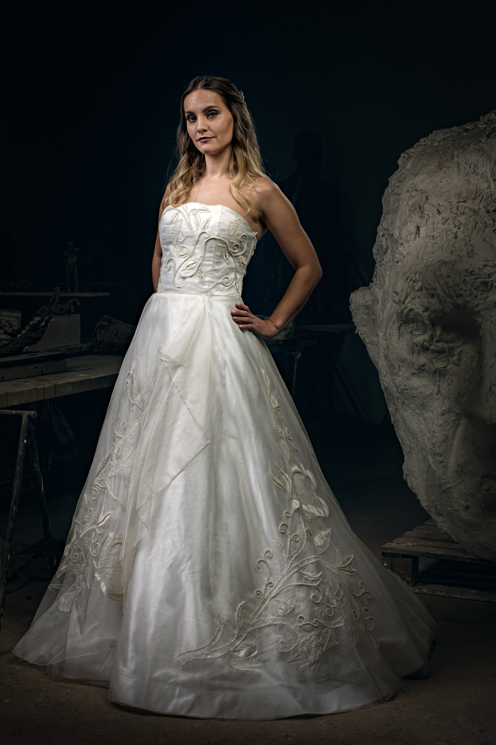 Martin Dobson Couture - Bespoke wedding dress - Suffolk - 0468 - September 17, 2017 - copyright Foyers Photography-Edit--® Robert Foyers - All Rights Reserved-3163 x 4744.JPG