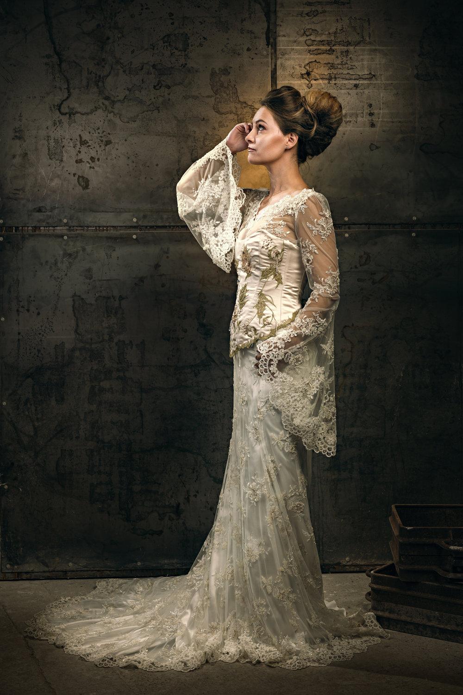 Martin Dobson Couture - Bespoke wedding dress - Suffolk - 0181 - September 17, 2017 - copyright Foyers Photography-Edit--® Robert Foyers - All Rights Reserved-3450 x 5176.JPG