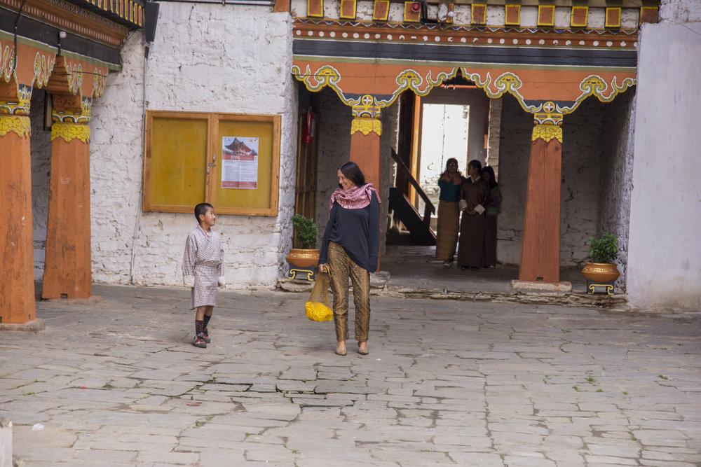 38_Annine_Bumthang_Dzong_2018.jpg