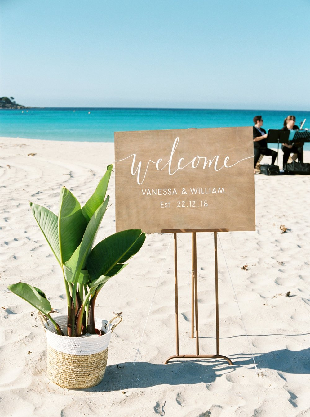 margaret-river-wedding-stylist-beach-wedding