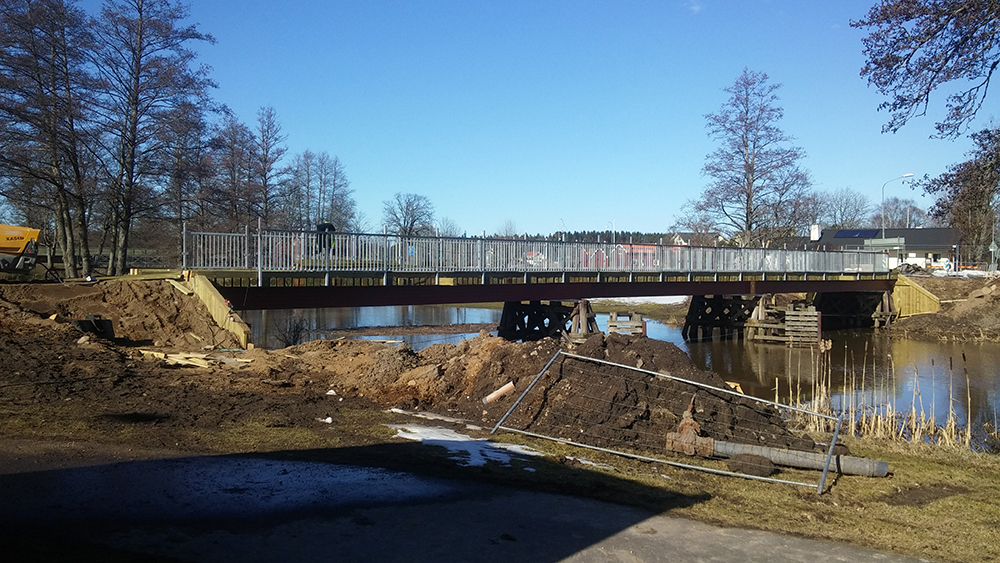 Utbyte av överbyggnad på träbro i Nossebro  Essunga kommun, 2016