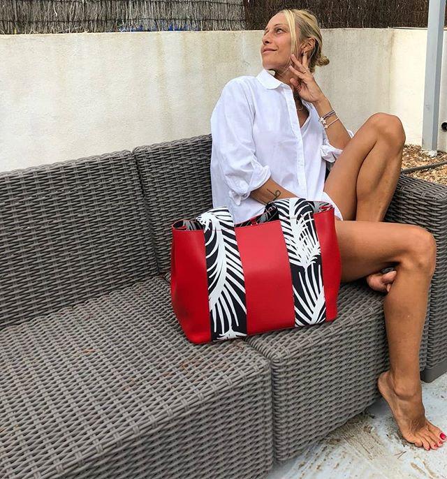 👜Tote Red Zizi. Presentazioni della collezione Zizi' al White Milano 21- 24 settembre 2018, possibilità di customizzare la tua Zizi'. Non mancate!!!! @whiteshowofficial  #italianstyle🇮🇹 #inspiration #instamood❤️ #fashionaccessories  #accessories #loveyourself #picoftheday #style #artigian #bagsaddicted #bags #handbag #streetwear #streetstyle #fashiontips #fashionstyle #fashioninspiration #outfit #itbag #fabrics #tweaktherules