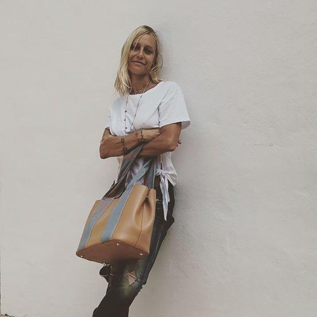 Vi aspetto, mancano pochi giorni WHITE MILANO 21-24 settembre Via Tortona 31, Opificio 31, piano terra  @tweakroma @cool_closets__ @theway_mag @thy.magazine @altaroma @cosedicasa_com @whitemag_ @pittimmagine @super_milano @tortonadesignweek @ftamilan @wemakeroma #moda #fashion #world #fashiondesigner #myword #cool #summervibes #design #bag #design #soul #fashionrevolution #madeinitaly #whiteshowmilano #ootshare #freud #woman #es #loveit #dream #ootfashion