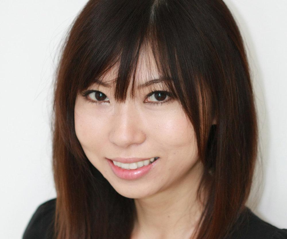 Yuriko-photo-WEB.jpg