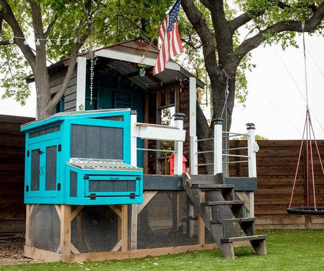 This-fancy-chicken-coop-will-be-featured-at-A-Peep-at-the-Coops-Tour.jpg
