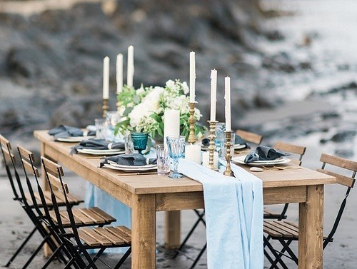 Beautiful table setup in Kingsburg N.S. !! It doesn't get more coastal than this! ....#wedding #weddingtable #novascotia #novascotiawedding #halifaxwedding #beautiful #coastal #canada #harvesttable #halifaxharvesttables #decor #love #weddingphotography #halifaxweddingphotographers #flowers #weddings