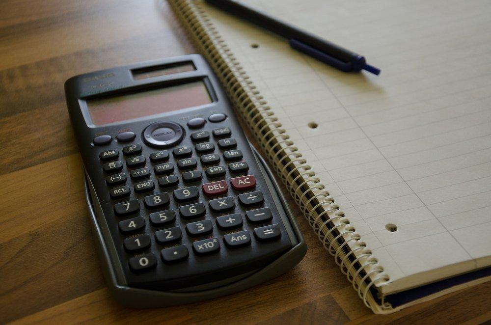 calculator-1687962_1920.jpg