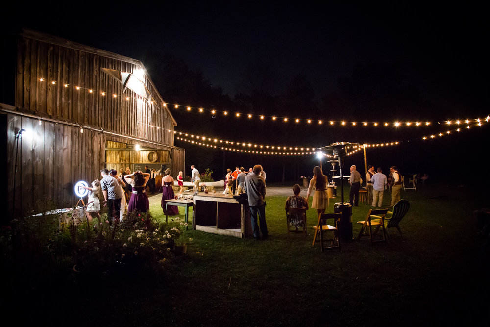 outdoor rustic wedding, under the stars