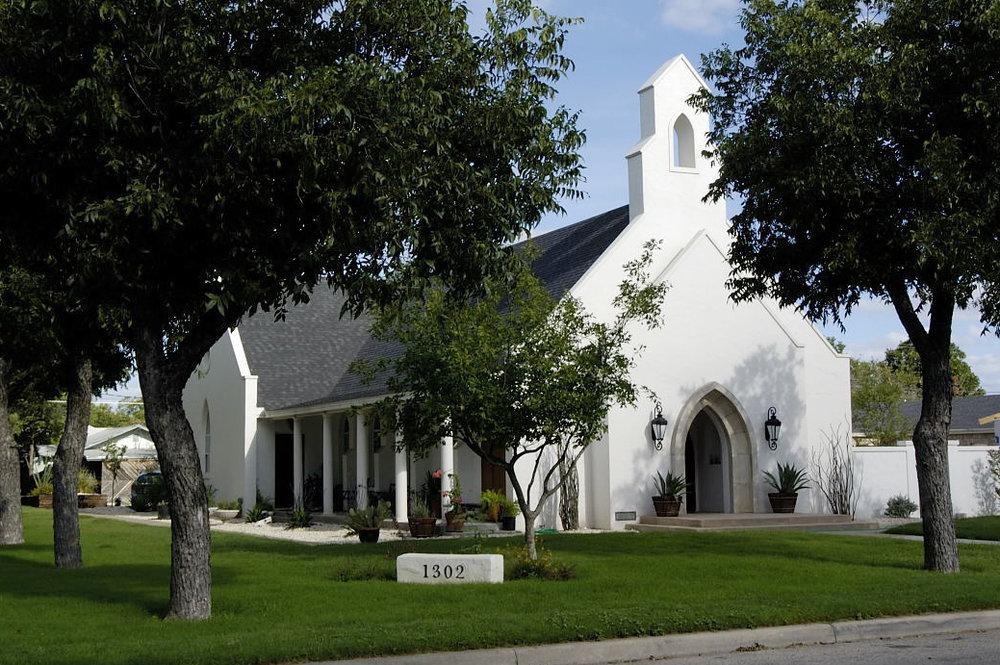 René Alvarado Studio, San Angelo, Texas