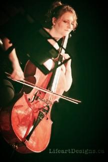 Jen Moersch Cello