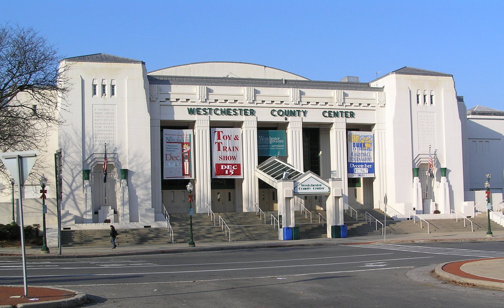 Westchester_Couny_Center_December_3,_2013.jpg