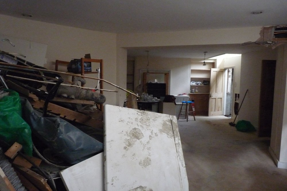Cumberland Avenue, Living Room: Before