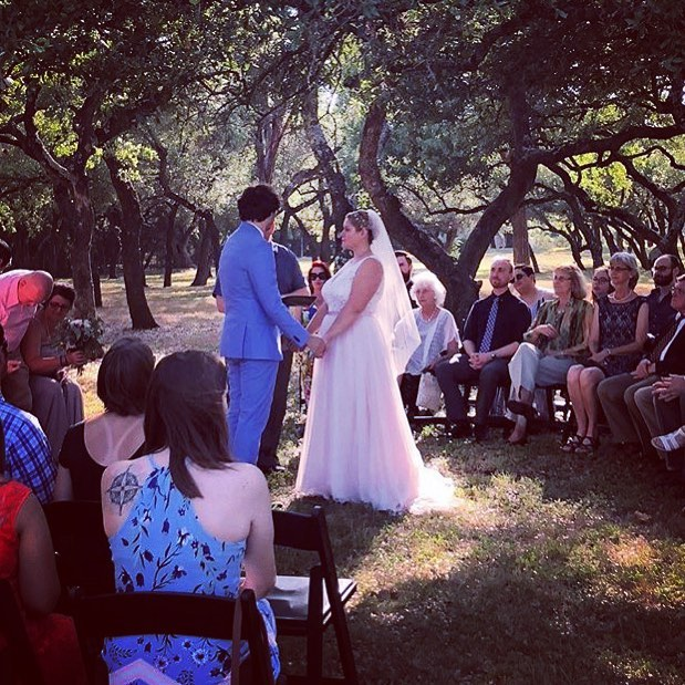 Another gorgeous summer wedding at Hamilton Twelve wedding venue! Congratulations to the happy newlyweds!!! Y'all were so much fun to work with! ❤️♥️❤️ 👰🏼🤵🏻🎂 .  Photo by @c_c_events . . . . . . . . #summerwedding #weddingdress #wedding #summer18 #bridalsuite #bride #hamiltontwelve #weddingvenue #texasvenue #austin #farmtotable #shesaidyes #atx #texas #texashillcountry #lakeway #drippingsprings #beecaves  #spicewood #austintx #austintexas #weddingday  #atxlife #weddingdays  #atxbride #austinbride #atxwedding #austinwedding  #justengaged #weregettingmarried