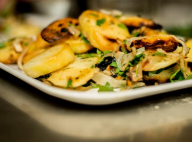 Rhone_Alpes- Potatoes Lyonnaise.PNG
