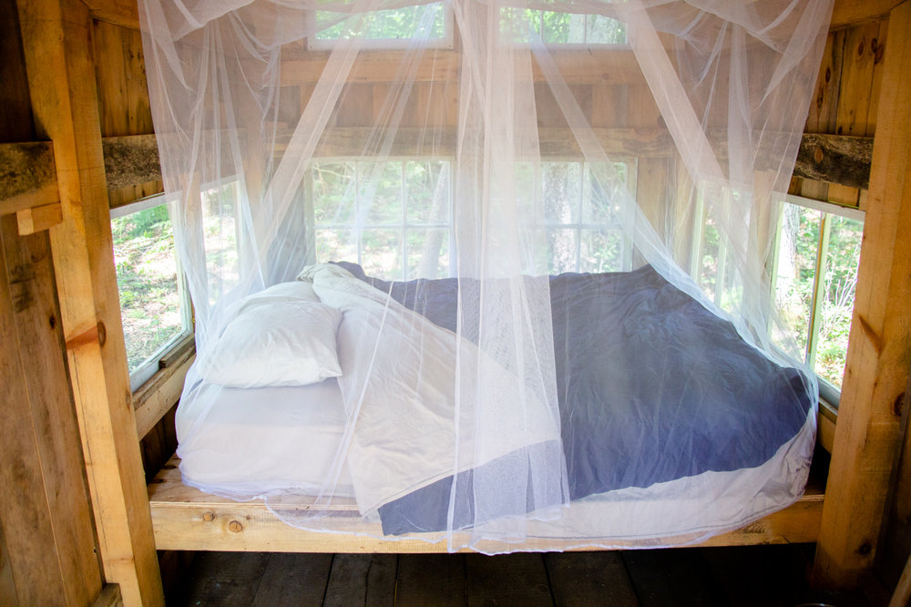 Stithdown Farm Vermont Treehouse farmstay queed bed