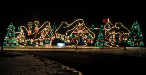 Holiday Fantasy of Lights:  11/16 - 1/1  Alum Creek light display and Santa's House. $20-$30 per car; free cookies and cocoa at the Santa House.
