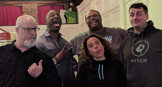 A fantastic night at The Luna Theatre's Mondo Monday Comedy with Chris Tabb, Rasheed Townes, Sarah Francis and David McLaughlin. @the_luna_theater @christabbshow @coolhandra @davidmcglofflin @comedianperson