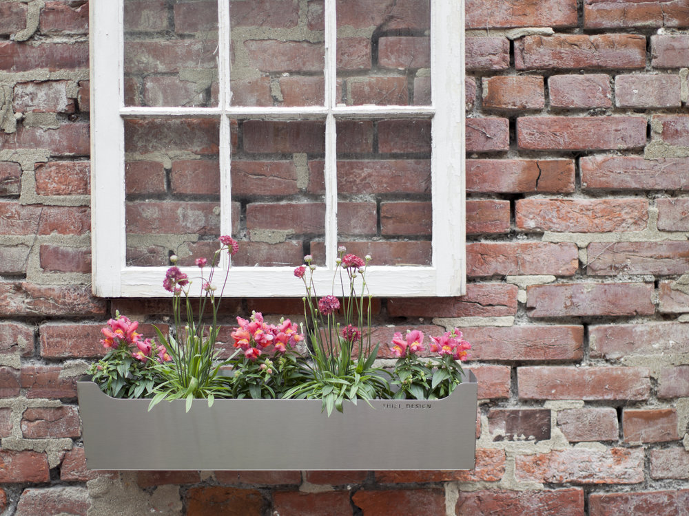 EDGELY Window Box / INOX
