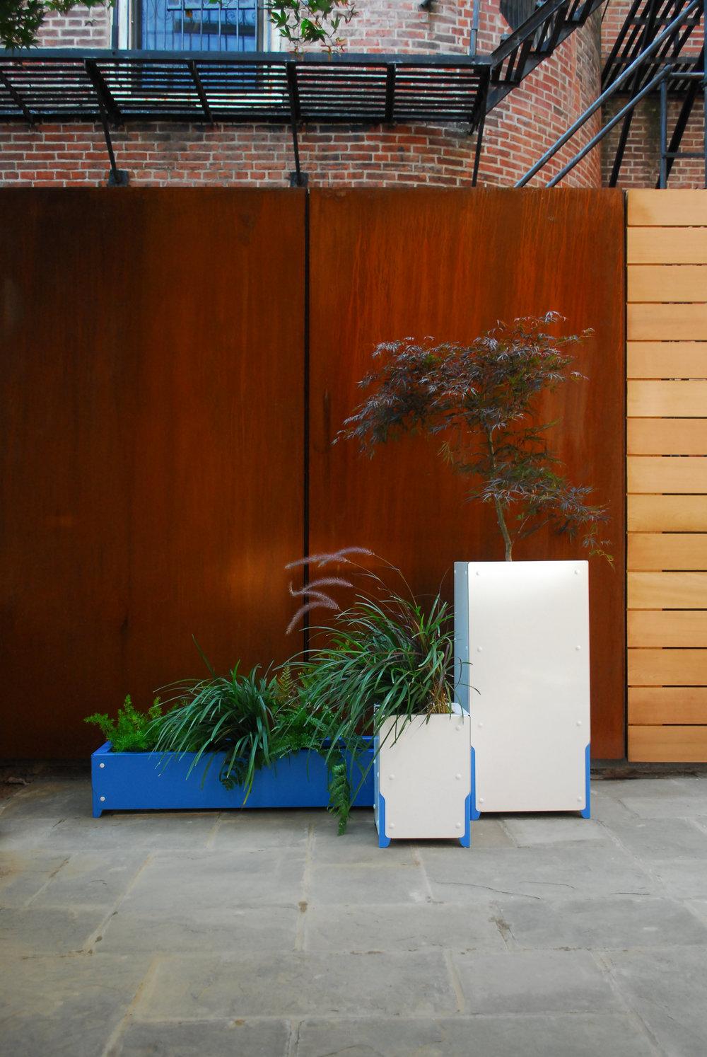 BOLTON Planter System