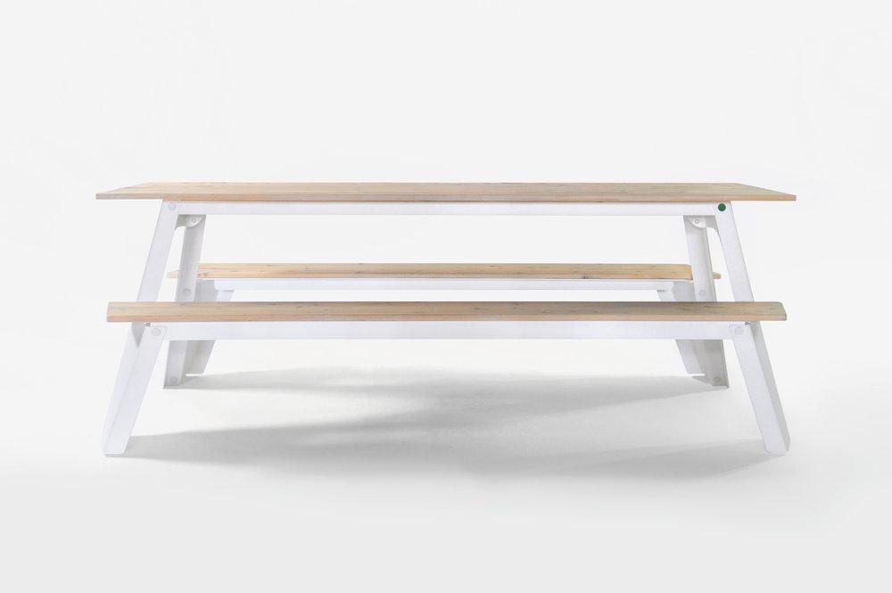 RAMBLER Picnic Table - Front, White