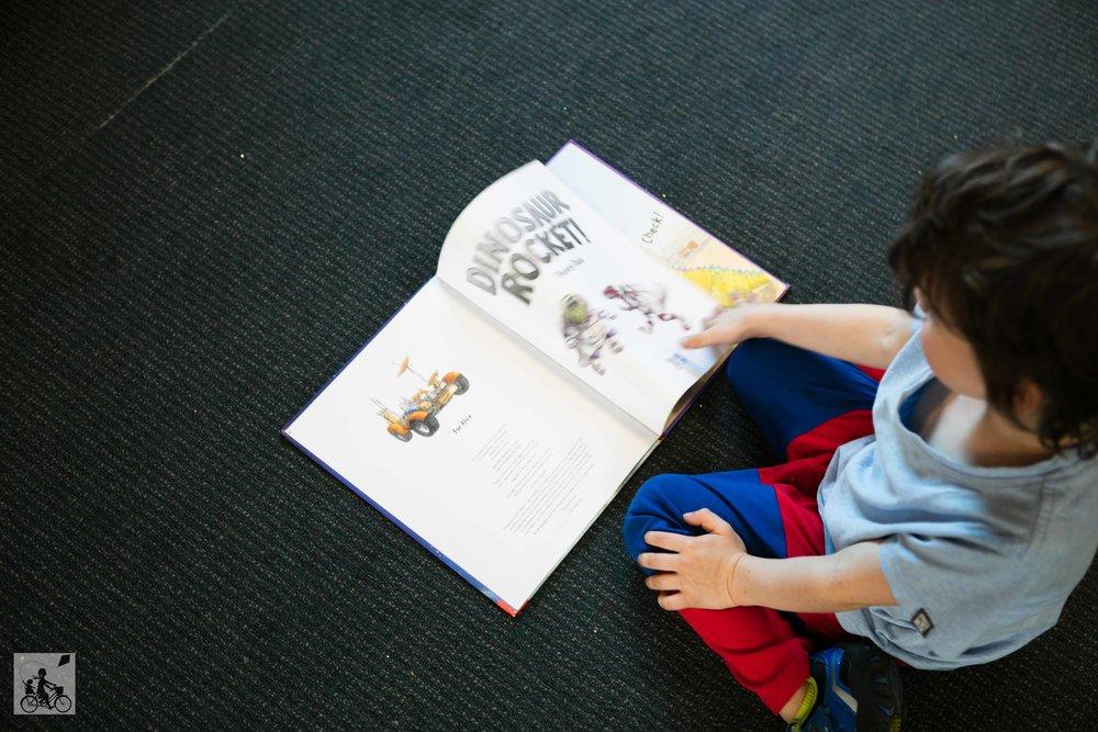 Mamma Knows North - Carlton Library