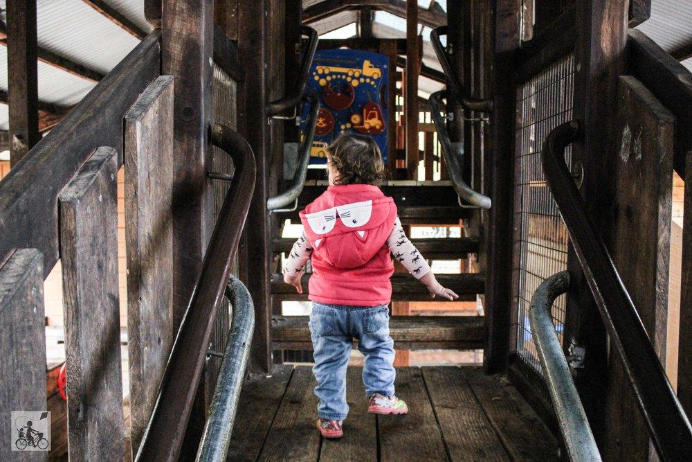 Mamma Knows North - Eltham North Adventure Playground