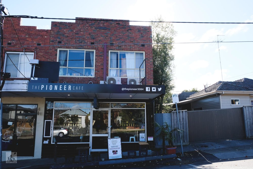 the pioneer cafe, rosanna - mamma knows north