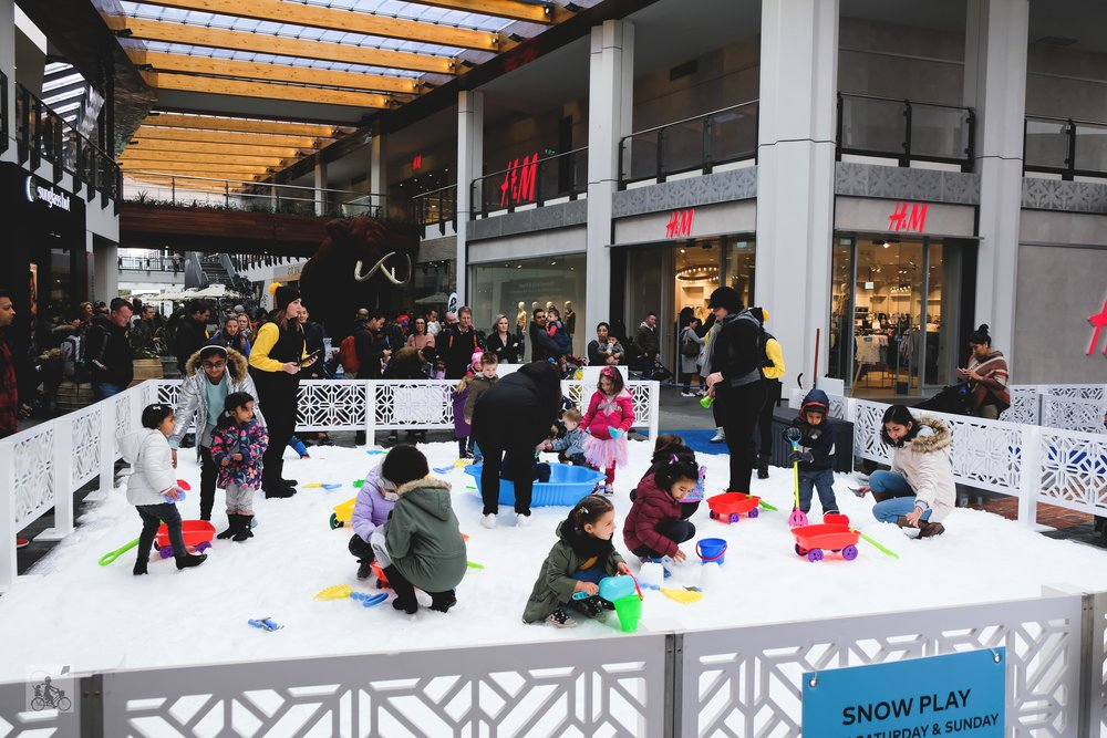 Copy of winter experience @ district docklands - mamma knows north