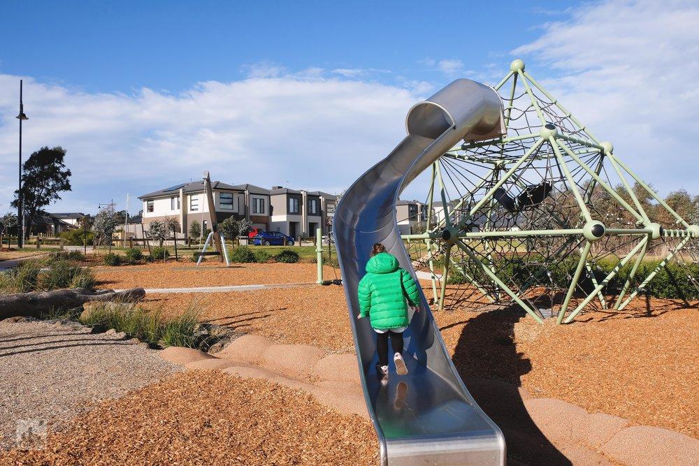 riverstone park, doreen - mamma knows north