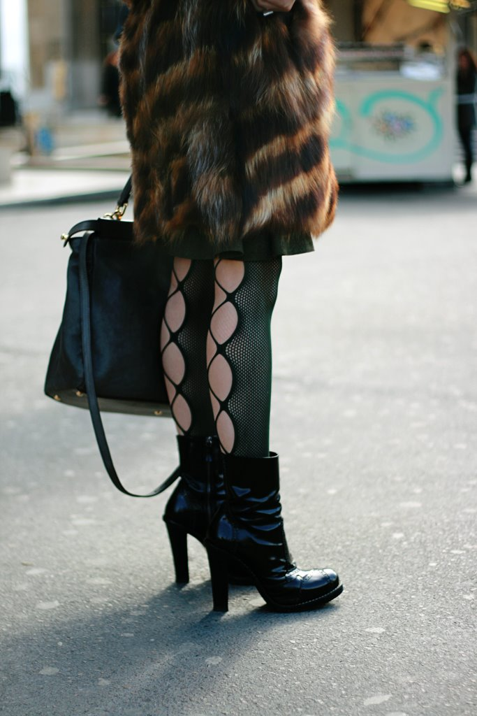 [legs+m.jpg]