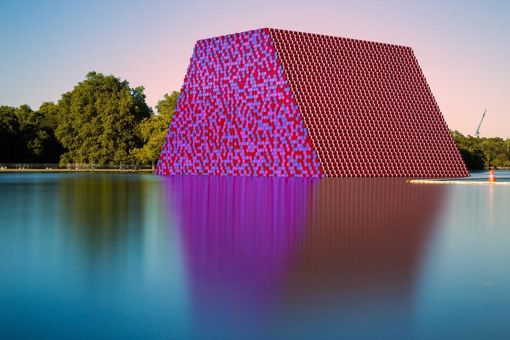 Christo: London Mastaba