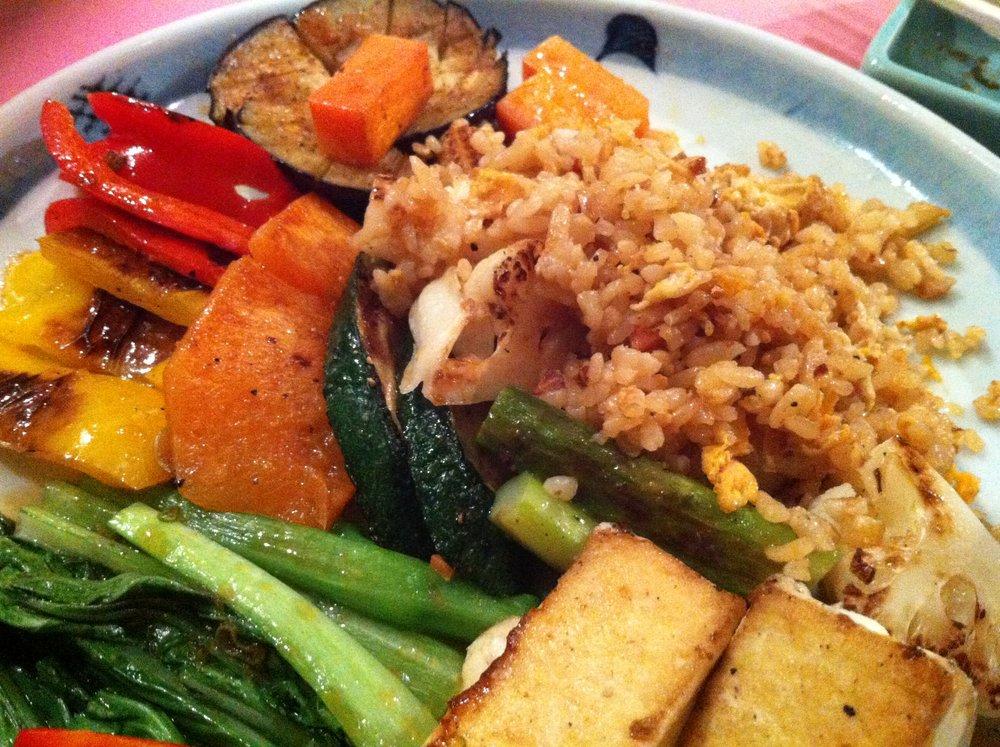 Teppanyaki tofu and vegetables