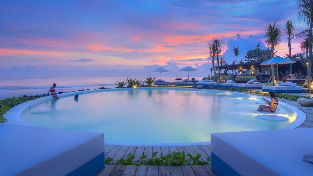 <h1>A Bali <b>wellness</b> retreat like no other</h1>