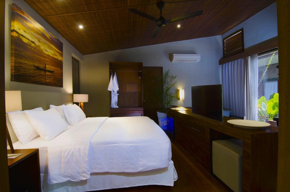 Suite Room-2.jpg