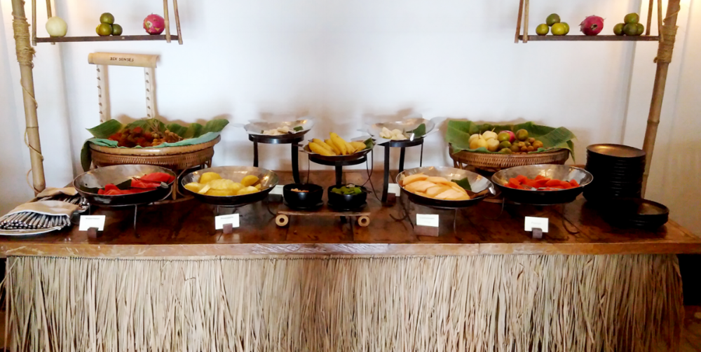 The breakfast fruit buffet at Evason Resort in Hua Hin, Thailand.  This vegan-friendly resort and all its restaurants made traveling as a Vegan so much easier~ Everything was fresh, delicious, and presented and served with sustainability in mind. No plastic, lots of glass bottles, and lots of plant-based menu options.