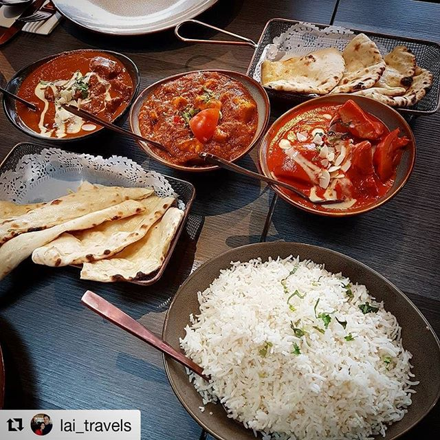 Thank you @lai_travels for such a delightful photograph!  We hope that you had a wonderful time with your friends! We also have some incredible desserts you will want to experience! Taste the true flavours of India at our venue by the Barangaroo harbourside and reserve a table via the link in our bio.  #Repost @lai_travels ・・・ #spicedbybillus #barangaroo #indianfood 🌶🍚👌