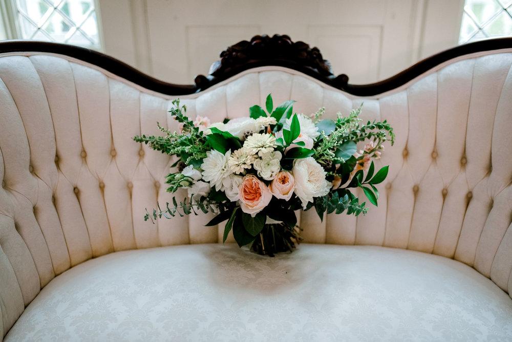 fields-in-bloom-bouquet-warrenwood-manor