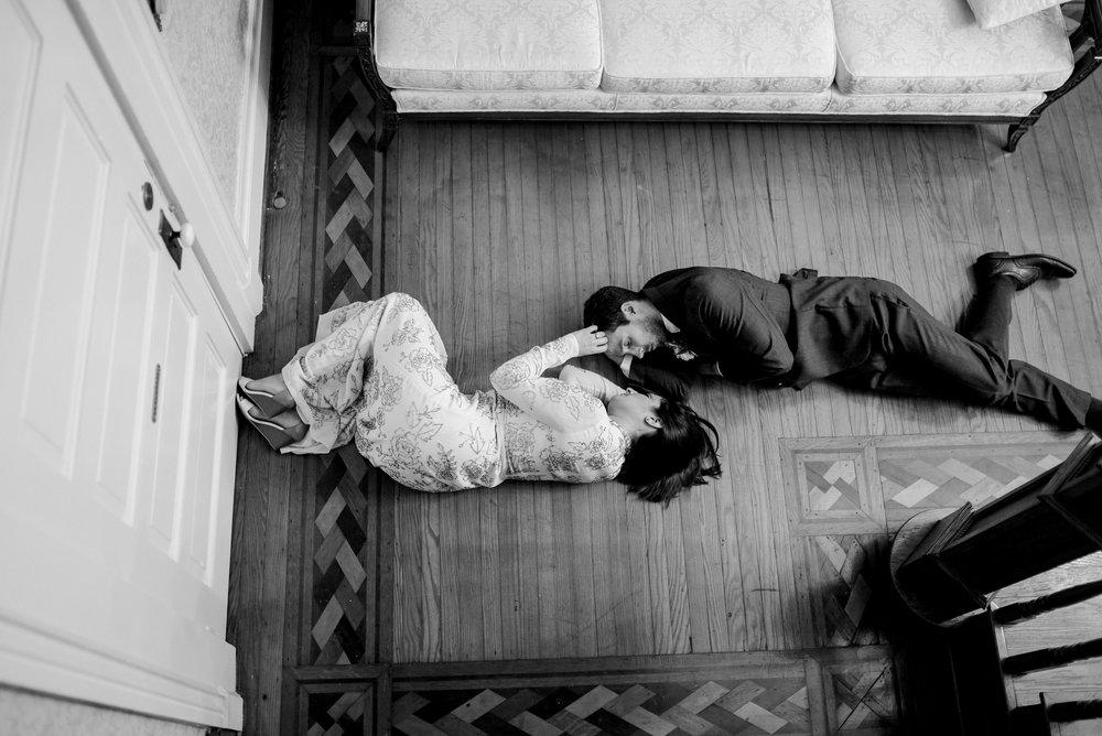 bride-and-groom-warrenwood-manor-photographer