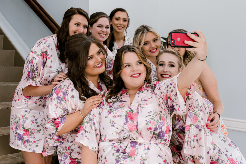 wedding-photographer-lexington-kentucky-bridesmaids-robes