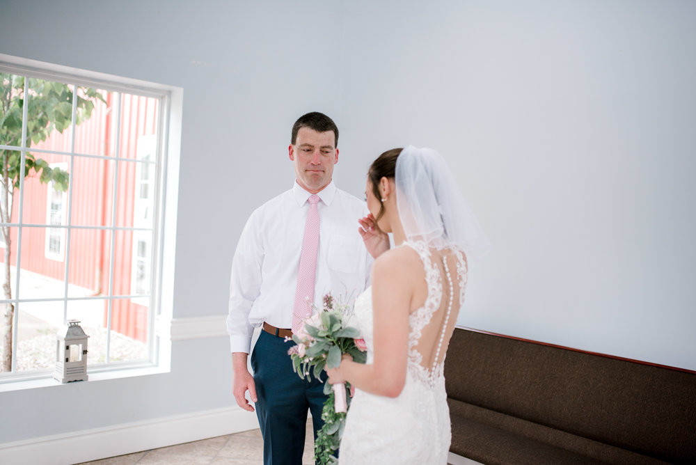 emotional-first-look-lexington-ky-wedding