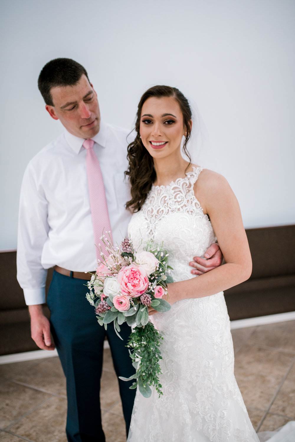 emotional-first-look-lexington-wedding-photographer
