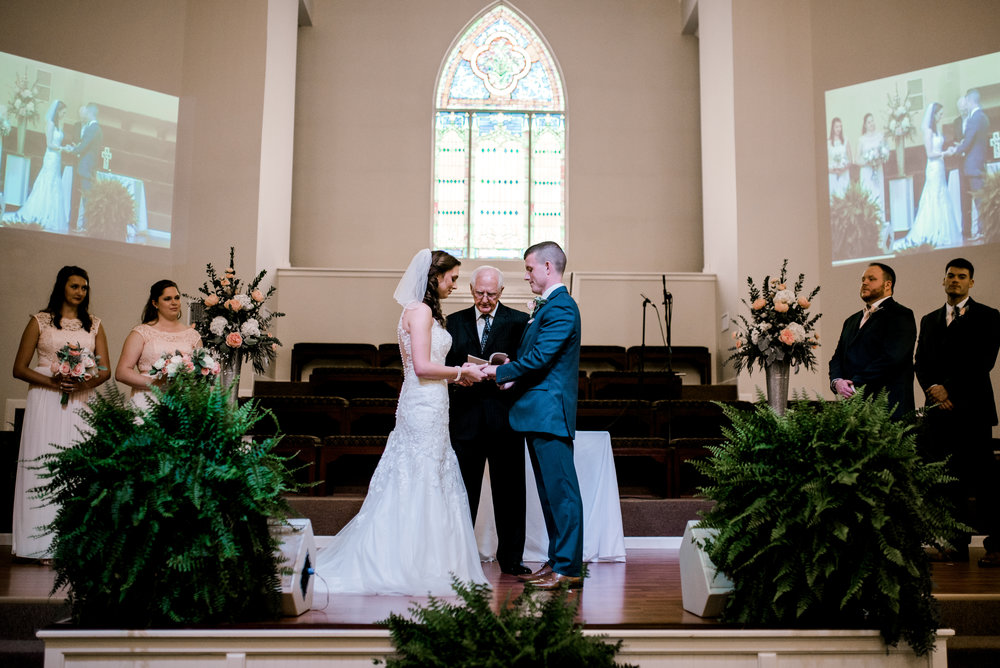 wedding-ceremony-lexington-kentucky-photographer