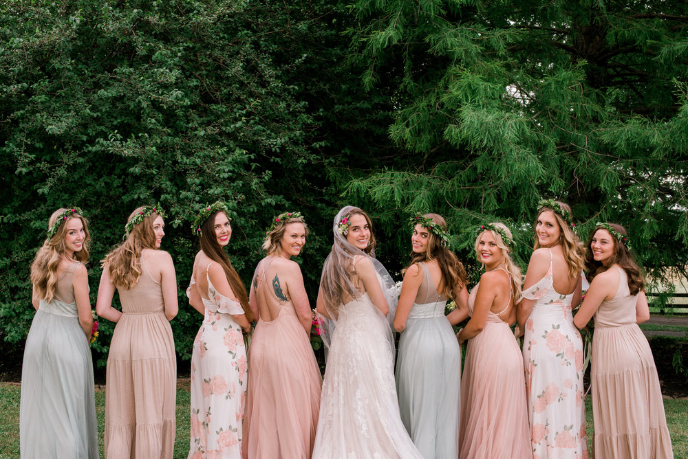 lexington-wdding-photographer-bridesmaid-photo