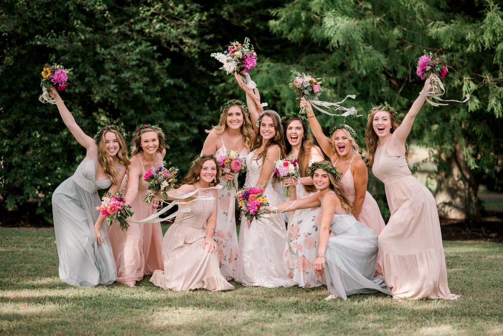 bridesmaids-lexington-kentucky-wedding-photographer